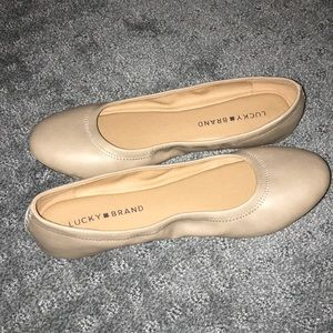 Lucky Brand comfortable cushioned flats